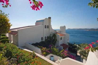 Marathon Villa. Private luxurious villa with pool and panoramic view in Greece. Luxury Escape.